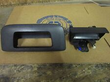 Chevy Silverado GMC Sierra Lift Gate Outside Tailgate Handle & Bezel Cover 08-14