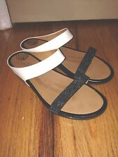 BY FITFLOP SUPERCOMFF LADIES BLACK and WHITE SHOES SIZE 12 US (EUR 42).