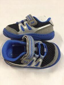 Stride Rite ASTON  Athletics Boy's Shoes, Blue,Size 4 Baby Toddler