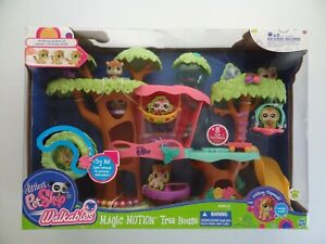 NEW Littlest Pet Shop Walkables Magic Motion Tree House Castle Chipmunk 2011 NOS