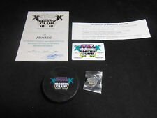 Vintage 1995 NHL Hockey Mighty Ducks of Anaheim Booster Club Puck Pin Card Certs
