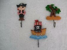 NEW IN BOX CHILDS 3 PIECE PIRATE RESIN WALL DECOR HOOKS
