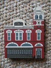 1990 Cat's Meow Village Medina City Firehouse Series Viii Retired