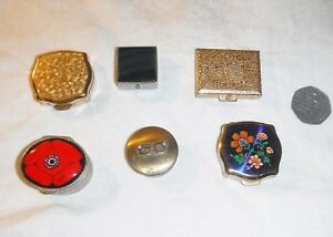 EXQUISITE COLLECTION OF 6 VINTAGE PILL BOXES CHINA ENAMEL STONE WHITE METAL ETC