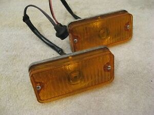 2 NOS PARK LIGHTS LAMPS AMBER 1967 TO 1972 CHEVROLET TRUCK BUS PANEL VAN 5959160