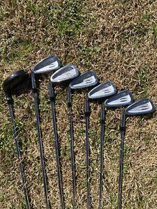 Wilson Tour RX 7 Piece Golf Club Set (Hybrid 4 Wood & Irons) Left Hand