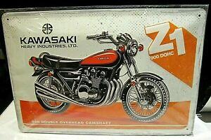 KAWASAKI Z1 900cc DOMC: EMBOSSED 3D METAL ADVERTISING SIGN 30x20cm MOTORCYCLE