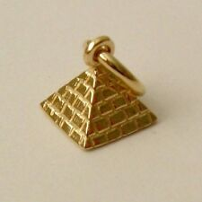 GENUINE SOLID 9K 9ct YELLOW GOLD 3D EGYPTIAN PYRAMID Charm/Pendant