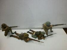 Konvolut 4 alte Lineol Massesoldaten zu 7.5cm Engländer Amerikaner