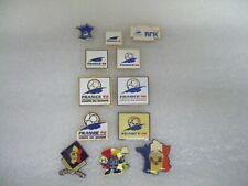 World cup 1998 logo pin badge