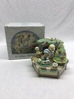 Precious Moments A Family Christmas Music Box With Box
