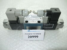 4/3 way valve Bosch No. 0 810 090 119, Engel injection moulding machines