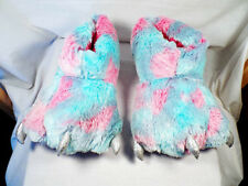 Claw Foot Fuzzy Slippers Women's 9 Worn Only Once VERY little Soil on Bottom