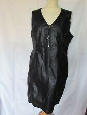 robe deca  imitation cuir noire taille 4