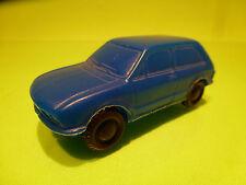 VINTAGE BLOWN PLASTIC 3-DOORS CAR - BLUE 1:43 - VINYL NO TOMTE