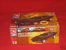 1:25 AMT Plastic Model Kit1994 Corvette Convertible