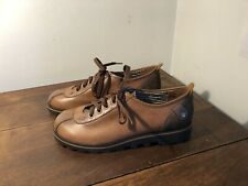 WOMEN'S SHOES SIZE 10 London Underground TAN  Lace ups NEW