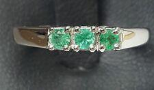 anillo oro blanco con esmeraldas talla brillante - trilogy
