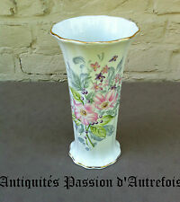 B20150150 - Vase de 24 cm en porcelaine de Limoges - Ternet - Très bon état