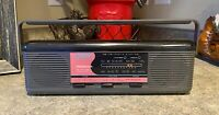 Vintage SOUNDESIGN Sports Stereo Mini Boombox AM/FM Black/Pink - 2328GRY