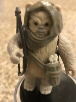 VINTAGE STAR WARS LUMAT EWOK COMPLETE W/REPLACE. BOW - 1984 KENNER - NICE SHAPE!