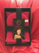 BLUE STAR LADIES GIFT BOXED KNIT HAT AND SCARF SET--PINK NEW ITEM