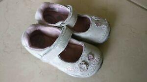 Stride Rite SRT Alise Silver Children Toddler Baby Shoes Sandal 6M