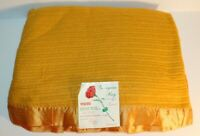 VTG 70's Esmond Thermal Blanket Woven Georgian Bay Satin Trim Harvest Gold NOS