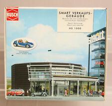1:87 BUSCH HO # 1000 SMART CAR SHOWROOM KIT W/ CAR - BOXED