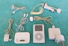 Antiguo Blanco 40gb Apple iPod Classic con extras.