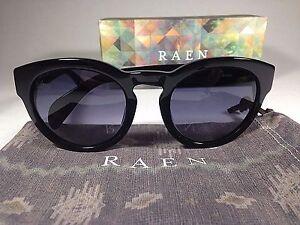 RAEN Strada Sunglasses Round Keyhole Black Smoke Gray Gradient Lens Mens Womens
