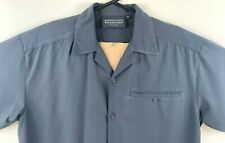 Kathmandu Men's Shirt Size Medium Polyester Button Up Shirt Short Sleeve Grey