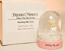 Precious Moments: Sending My Love - Snow Globe - Classic Figure
