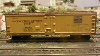 Athearn HO Wood Side Ice Reefer, Western Pacific/PFE, Upgraded VG