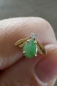 Vintage 14kt Yellow Gold Jade & Clear Stone Insect Tie Tac - 0.8 Grams