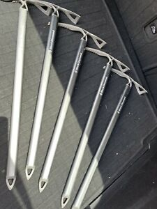 "BLACK DIAMOND RAVEN ICE AXE MOUNTAINEERING ICE PICK SILVER 253/4"" /65cm long."