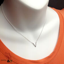 """Real sterling silver 925 V Charm Pendant Necklace Adjustable 16""""-18"""" For Ladies"""