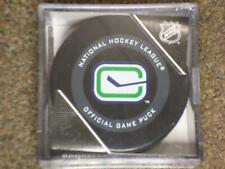 2019 - 2020 VANCOUVER CANUCKS (stick) 3rd Jersey Official Game Puck