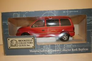 Brookfield 1993-94 Plymouth Voyager Van, Red, Boxed 1/25 Scale