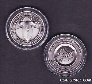 SR-71 -ARMSTRONG NASA DRYDEN FLOWN SR-71 Aircraft Metal COIN-MEDALLION USAF