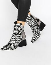 NEW Jeffrey Campbell Print Point Heeled Ankle Boots UK6 US8 39 Back White Silver