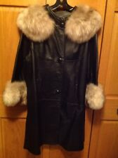 Vintage Leather 3/4 Real Coyote Fur Trim Coat Size Lg. 1960's Fields Milwaukee