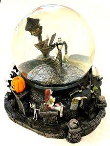 "Nightmare Before Christmas ""Halloween Town""Original Snow Globe.2001-Boxed.DISNEY"