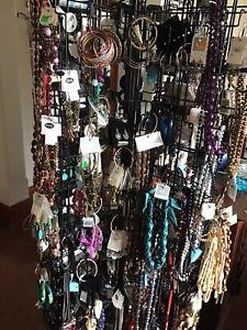 Random assortment of 25 items of fashion jewellery new.
