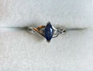 10K White Gold Blue Sapphire and Diamond Chip Ring 10KT 1.5 Grams Size 6.5