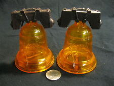Vintage Plastic Cracked Liberty Bell Pa Salt and Pepper Shaker 69