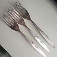 Oneida Caprice Nobility Cocktail  Seafood Fork Vintage Silverplate ~ A2573