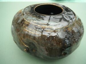 QUIRKY VINTAGE HANDMADE COIL POT
