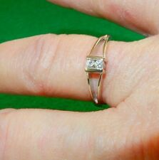 Stunning 14k White Gold 2 Stone Diamond Friendship Promise Ring Size 6.5