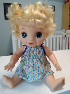 Baby Alive 2018 Happy Hungry Baby Doll Blonde Curly Hair Sounds & Phrases
